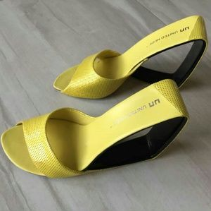United Nude Yellow Ultra Mobius Lemon Wedges